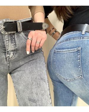 👖Кто ждал джинсы Mom стрейч? Они наконец-то приехали🙌🏻 🏷1600₽ ⠀ Mom хлопок и skinny по прежнему в наличии 🏷1100-1400₽ ⠀ Ваш @ko_modnik ▫️Генделя 14 ▫️Ленинский 121